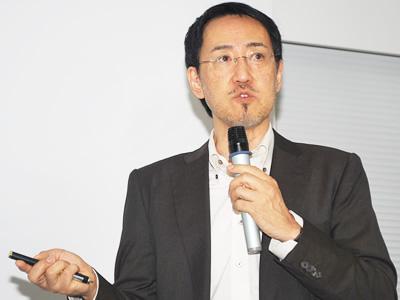 Photo: Dr. KAWAOKA Yoshihiro