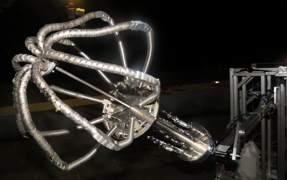 図3 耐火性を実現した数珠状ロボットハンド機構の外観