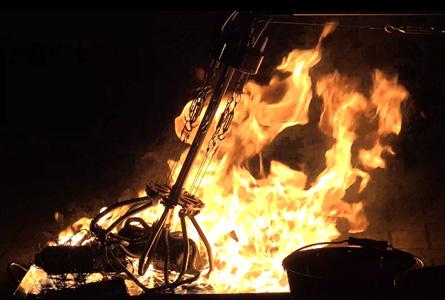 図9 灼熱環境下における有刺鉄線の絡まった瓦礫の把持